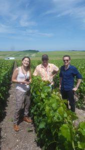Nos cavistes parisiens en visite dans les vignes - Champagne OUDEA